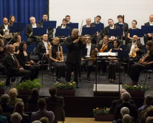 shlomo mintz with orchestra filarmonica italiana